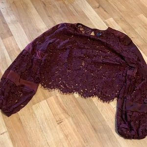 Do + be lace wine crop top bell sleeve sz s